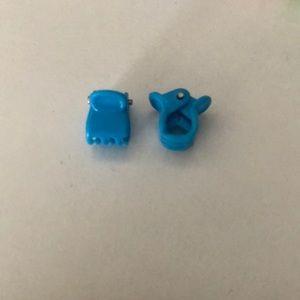3/$5 BRANDY MELVILLE blue hair clips